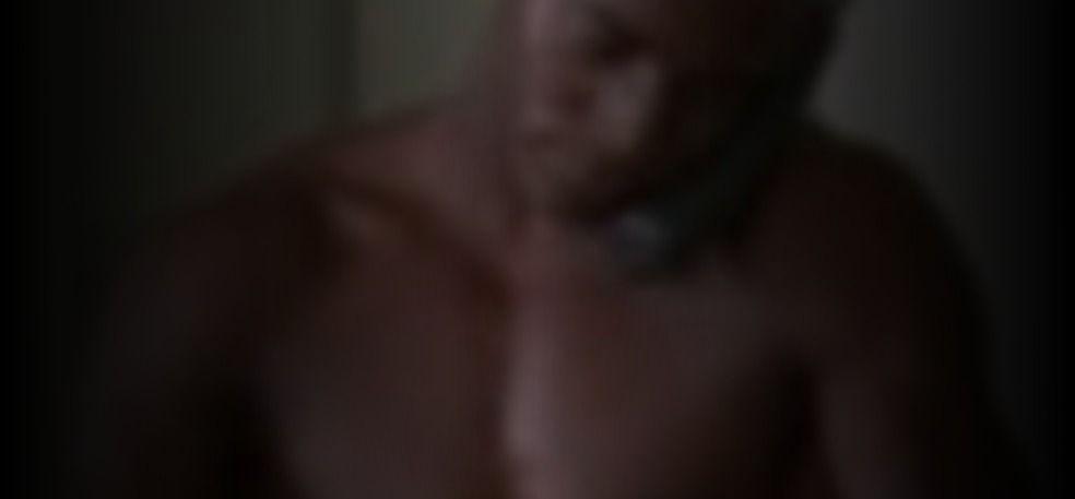 Idina Menzel  nackt