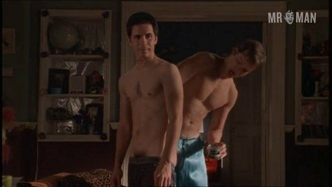 Queerasfolk s02e02 halsparks peterpaige hd 02 large 3