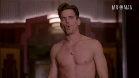 Famous Male Exposed: Alexander Dreymon Naked
