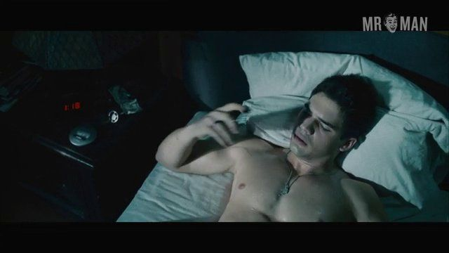 Covenant the stevenstrait taylorkitsch hd 05 frame 3