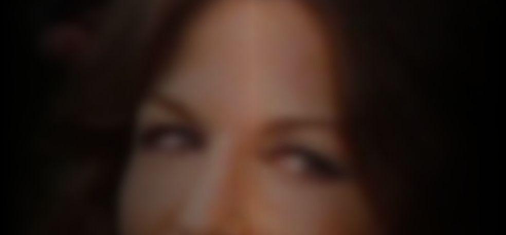 Stewart nackt Alexandra  Alexandra Daddario