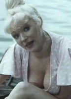 Nackt  Linda Regan Hi