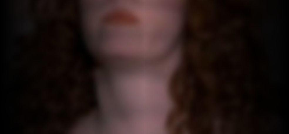 Madeleine Potter  nackt