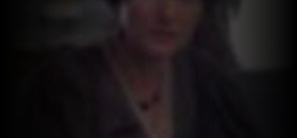 Lydia Leonard  nackt