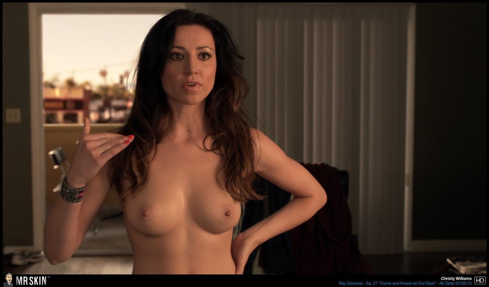 Yelyna De Leon  nackt