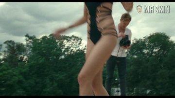 Nackt  Rezeta Veliu Rezeta: Slamdance