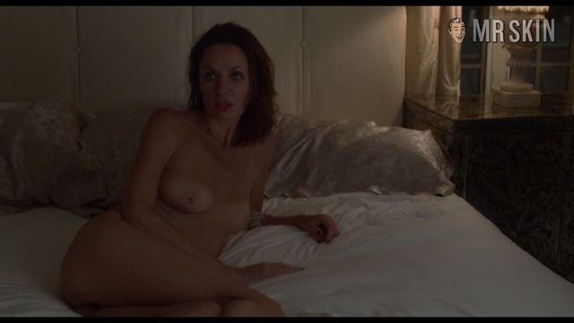 julianne moore boobs